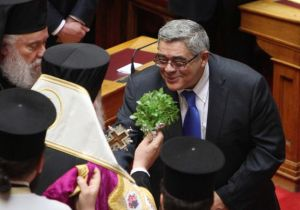 golden dawn leader blessed by archbishop of Greece Ieronymos